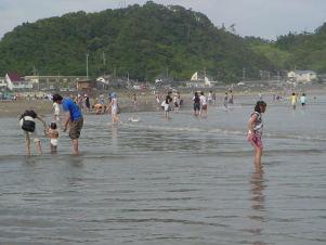 海開き前の永崎海岸(いわき市)