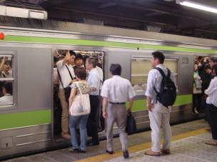 朝ラッシュ時の駅・ホーム 【東京考察#218】