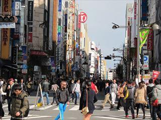新宿通りの歩行者天国(新宿地区)【東京考察#328】